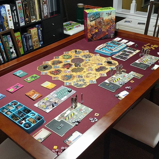 The overall effect of the deskpad on the game table