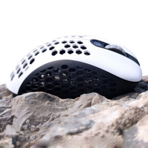 Mini Skoll white black wired gaming mouse